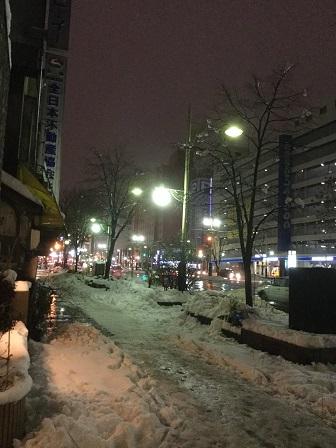 ピープルピープ 北海道札幌市ススキノ 風景 積雪 夜景 深夜 2015年11月~12月.jpg