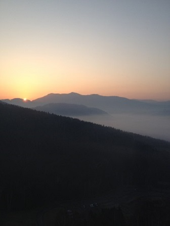 日の出と雲海.jpg