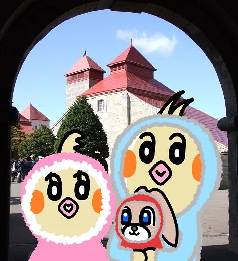 正門内で記念撮影したピヨめぐモカ.jpg